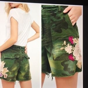 Free People/Camo Emproidered Scout Shorts. 4